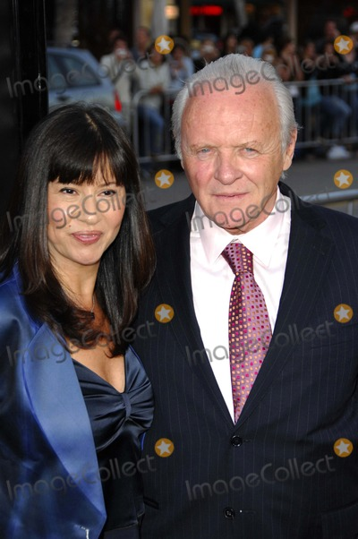Stella Arroyave Photo - LOS ANGELES CA APRIL 11 2007 (SSI) - -Stella Arroyave and her husband actor Sir Anthony Hopkins during the premiere of the new movie from New Line Cinema FRACTURE held at the Mann Village Theatre 4-11-2007 in Los Angeles Photo BY Michael Germana-Globe Photos Inc  2007K52526MGE
