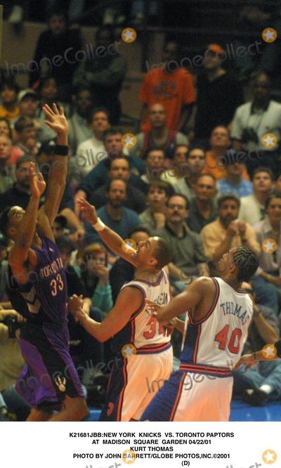 Kurt Thomas Photo - new York Knicks Vs Toronto Paptors at Madison Square Garden 042201 Kurt Thomas Photo by John BarrettGlobe Photosinc2001 (D)
