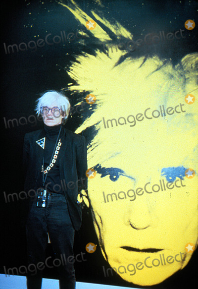 Andy Warhol Photo - Andy Warhol at the Opening of an Exhibition of His Selfportraits in London 11-24-1986 Photo by Uppa-ipol-Globe Photos Inc