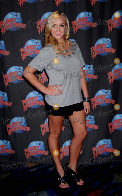 Nastia Liukin Photo - Nastia Liukin Visits Planet Hollywoodtimes Square ny 07-23-2010 Photo by Ken Babolcsay - Ipol- Globe Photos Inc 2010