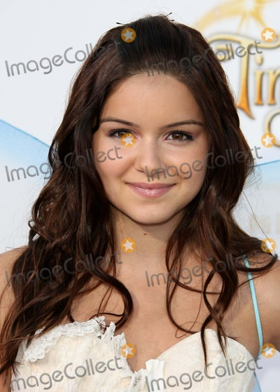 Tinker Bell Photo - Ariel Winter Actress Picnic-in-the-park Premiere of Tinkerbell La Cienega Park Beverly Hills 08-28-2010 Graham Whitby Boot-allstar - Globe Photos Inc