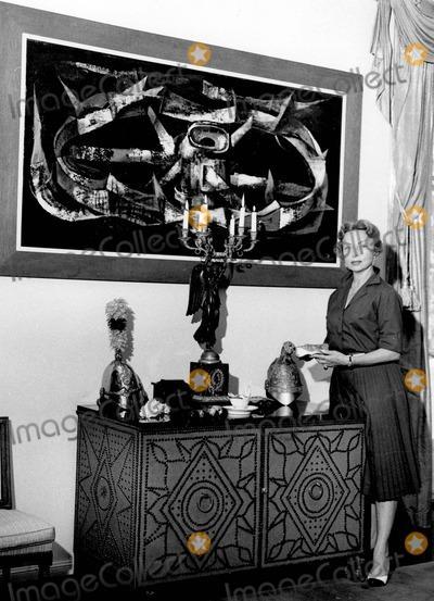 Agnes Moorehead Photo - Agnes Moorehead Photo by Larry Barbier Jr-Globe Photos Inc
