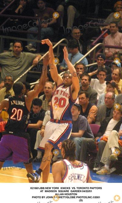 Allan Houston Photo - new York Knicks Vs Toronto Paptors at Madison Square Garden 042201 Allan Houston Photo by John BarrettGlobe Photosinc2001 (D)