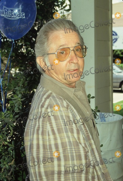 Arte Johnson Photo - Arte Johnson L1393 Supplied by Globe Photos Inc
