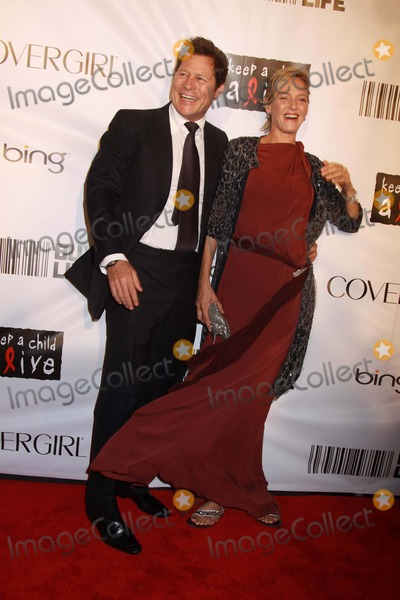 Arpad Busson Photo - Keep a Child Alives Black Ball NY 2010 Hammerstein Ballroom NYC 09-30-2010 Photos by Sonia Moskowitz Globe Photos Inc 2010 Uma Thurman and Arpad Busson