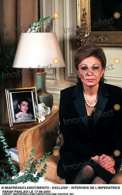 Farah Pahlavi Photo - Imapressclemotbenito -Exclusif - Interview DE Limperatrice Farah Pahlavi Le 17-06-2001 Credit ImapressclemotbenitoGlobe Photos Inc