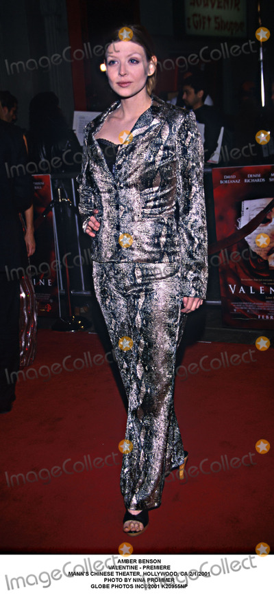 Amber Benson Photo - Amber Benson Valentine - Premiere Manns Chinese Theater Hollywood CA 212001 Photo by Nina Prommer Globe Photos Inc2001