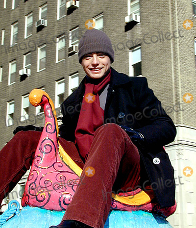 Andy Lawrence Photo - Macys 76th Annual Thanksgiving Day Parade NYC November 282002 Photo Bybruce CotlerGlobe Photos Inc 2002 K27579bco Andy Lawrence