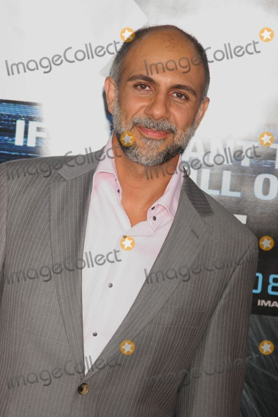 Anthony Azizi Photo - Eagle Eye Los Angeles Premiere Presented by Dreamworks Graumans Chinese Theatre Hollywood California 09-16-2008 Anthony Azizi Photo Clinton H Wallace-photomundo-Globe Photos Inc