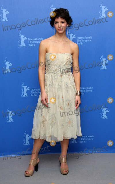 Ada Condeescu Photo - Ada Condeescu Actress attends the Photocall For If I Want to Whistle I Whistle (Eu Cand Vreau Sa Fluier Fluer) at the Berlin Grand Hyatt Hotel During the 60th Berlin International Film Festival 2010 Photo by Dave Gadd-allstar-Globe Photos Inc 2010