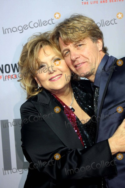 Brenda Vaccaro Photo - You Dont Know Jack the Ziegfeld Theatre New York City 04-14-2010 Photo by Barry Talesnick-ipol-Globe Photos Inc 2010 Brenda Vaccaro and Husband Guy