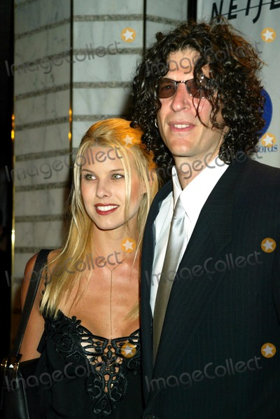 B Howard Photo - Beth Ostrosky and Howard Stern K29229smo Clive Davis Pre-grammy Party Arrivals at the Regent Wall Street in New York City 02222003 Credit Sonia MoskowitzGlobe Photos Inc
