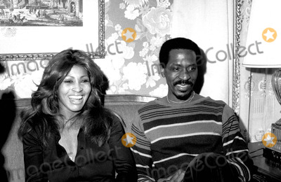 Ike Turner Photo - Tina and Ike Turner Jb2030 Irv SteinbergGlobe Photos Inc