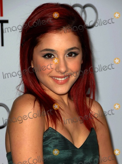 Arianna Grande Photo - Arianna Grande attends the 2009 Afi Fest Opening Night Gala Screening of  Fantasic Mr Fox Held at the Graumans Chinese Theatre in Hollywood California on October 30 2009 Photo by D Long- Globe Photos Inc 2009
