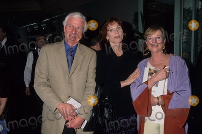 Astaire Photo - Ava Astaire and Richard Mckenzie Book Signing 1998 Ava Astaire with Richard Mckenzie and Marilu Henner K11881lr Photo by Lisa Rose-Globe Photos Inc