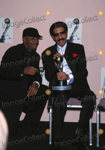 Richard Pryor Photo - Richard Pryor with Arsenio Hall 27th Annual Naacp Image Awards in Los Angeles 1996 4527fb Photo by Fitzroy Barrett-Globe Photos Inc Richardpryorretro