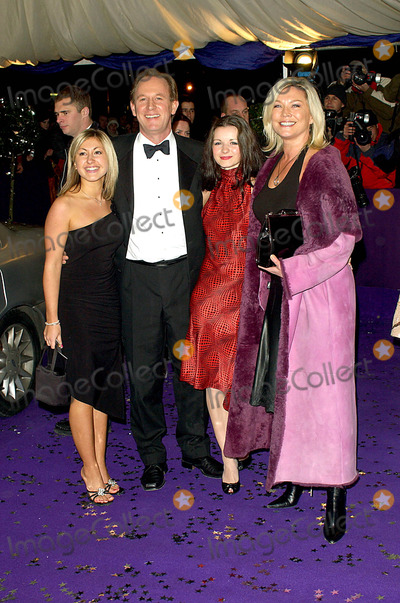 Amanda Redman Photo - Sarah Churm Sarah Smart Peter Davison  Amanda Redman (at Home with the Braithwaites Itv Tv Show) British Comedy Awards 2003 -London Studios Southbank London 12102003 Photo Byhenry DavenportglobelinkukGlobe Photos Inc 2003