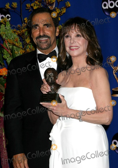 Tony Thomas Photo - 56th Annual Primetime Emmy Awards Pressroom at the Shrine Auditorium in Los Angeles California 091904 Photo by Ed GelleregiGlobe Photos Inc 2004 Marlo Thomas and Brother Tony Thomas
