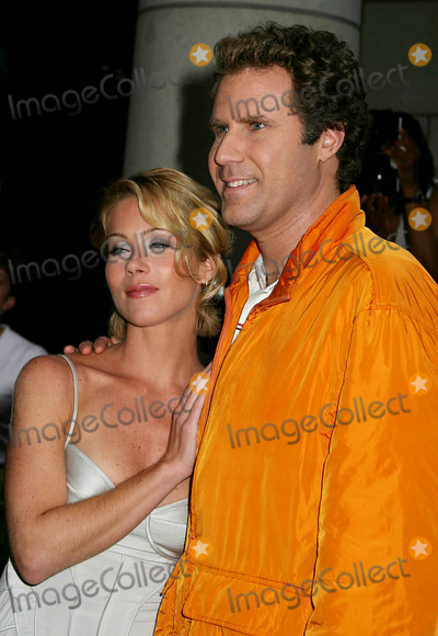 Christina Applegate Photo - Special Screening of Anchorman the Legend of Ron Burgundy at the Museum of Televisi0n and Radio  New York City 07072004 Photo by Paul SchmulbachGlobe Photosinc Will Ferrell_christina Applegate