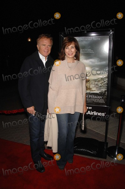 Anne Archer Photo - Terry Jastrow and Anne Archer during the premiere of the new movie from Paramount Vantage WAITING FOR SUPERMAN held at the Paramount Threatre on the lot at Paramount Studios on September 20 2010 in Los AngelesPhoto Michael Germana  - Globe Photos Inc 2010K65958mge