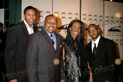 Ken Carter Photo - the 13th Annual Los Angeles Inner City Destiny Awards Honors Coach Ken Carter Celebrity Centre Hollywood  CA 01-16-2005 Photo ClintonhwallacephotomundoGlobe Copyright 2004 Coach Ken Carter and His Movies Production Team