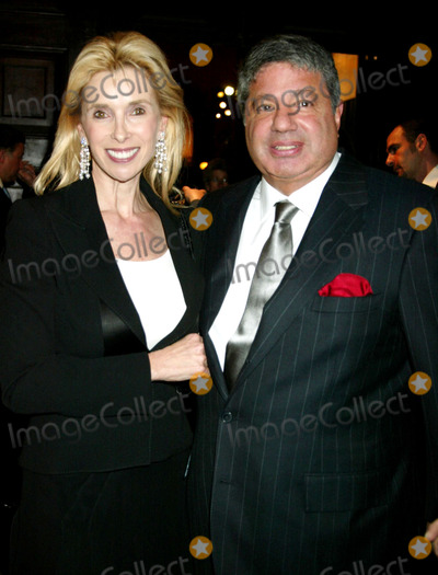 Alan Grubman Photo - 52nd Annual Winter Antiques Show Opening Night Party at Seventh Regiment Armory in New York City 01-19-2006 Photo by Sonia Moskowitz-Globe Photosinc Alan Grubman_wife