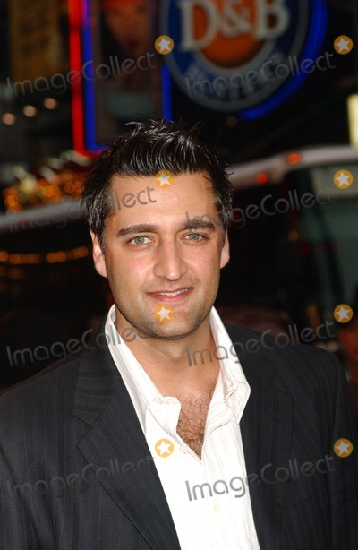 DONNIE KESHAWARZ Photo - Damages Premiere Regal Theater  New York City 07-19-2007 Photo by Ken Babolcsay-ipol-Globe Photos Inc 2007 Donnie Keshawarz