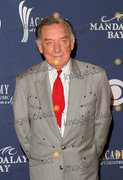 Ray Price Photo - Ray Price - 39th Annual Academy of Country Music Awards - Mandalay Bay Resort  Casino Las Vegas NV - 05262004 - Photo by Nina PrommerGlobe Photos Inc2004