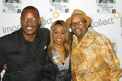 Andre Harrell Photo - I9799CHWMEDAL OF HONOR RAG STARRING VETERAN RAPPERACTOR HEAVY D- SPECIAL VIP PERFORMANCE (ARRIVALS)EGYPTIAN ARENA THEATRE HOLLYWOOD  CA 06-27-2005PHOTO CLINTONHWALLACEIPOLGLOBE PHOTOS INCANDRE HARRELL WITH THE PLAYS PRODUCERS KENADIE COBBIN AND AVERY OWILLIAMS
