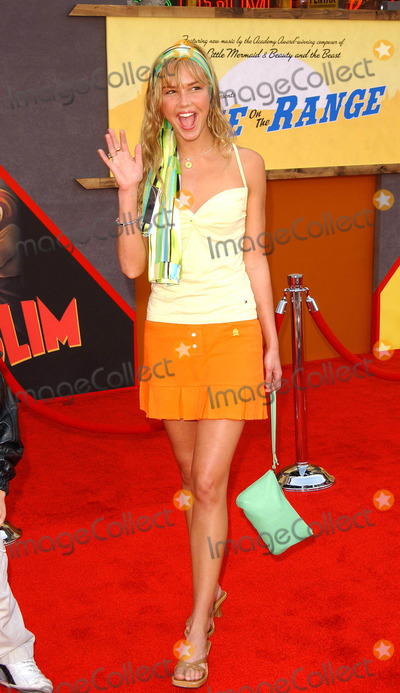 ARIELE KEBBEL Photo - Home on the Range World Premiere at the El Capitan Theatre in Hollywood CA 03212004 Photo by Fitzroy BarrettGlobe Photos Inc 2004 Arielle Kebbel