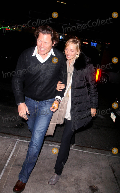 Arpad Busson Photo - Uma Thurman and Boyfriend Arpad Busson Having Dinner with Richard Gere at Union Square Cafe 01-09-2008 Photo by John Barrett-Globe Photosinc 2008uma Thurman and Boyfriend Arpad Busson