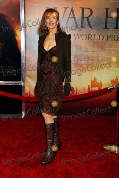 Tina Louise Photo - Tina Louise Arrives For the Premiere of War Horse at Avery Fisher Hall at Lincoln Center in New York on December 4 2011 Photo by Sharon NeetlesGlobe Photos Inc