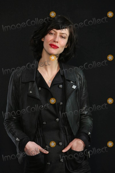 Anna Mouglalis Photo - Anna Mouglalis K61310 Chanel - Paris Fashion Week Autumn Winter 20092010 at Grand Palais in Paris  France 03-10-2009 Photo by Jsb-pix Planete-Globe Photos Inc