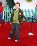 Angus T Jones Photo - Angus T JonesChicken Little PremiereEl Capitan TheaterLos Angeles CAOctober 30 2005