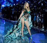 Photo - Photo by Dennis Van TinestarmaxinccomSTAR MAXCopyright 2015ALL RIGHTS RESERVEDTelephoneFax (212) 995-1196111015Gigi Hadid on the runway during the 2015 Victorias Secret Fashion Show(NYC)