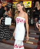Photos From Sarah Jessica Parker visits the Manolo Blahnik Boutique in Moscow